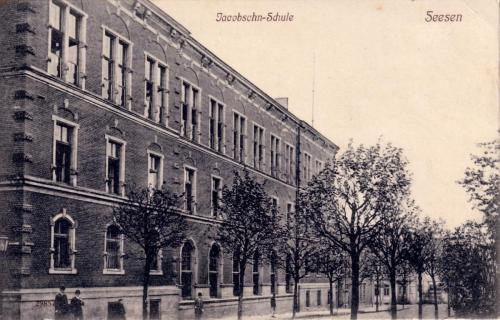 """Historische Ansicht der """"Jacobsohn-Schule"""" in Seesen"""